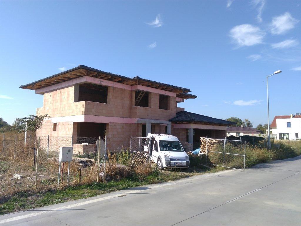 dom s vonky 1