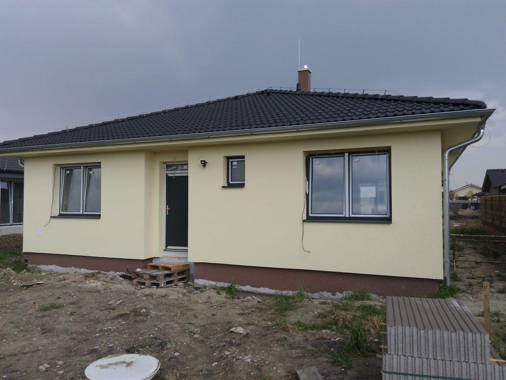 2 múrané rodinné domy – Slovenský Grob